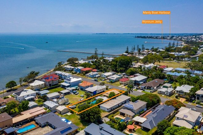 Picture of 17 Alkoomie Street, WYNNUM QLD 4178
