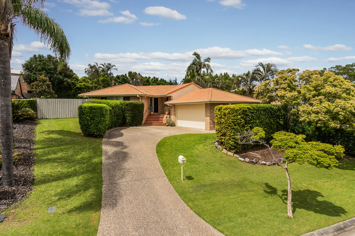 8 Woodrose Crescent, Sinnamon Park QLD 4073, Image 0