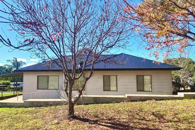 Picture of 2 Back Creek Road, YOUNG NSW 2594