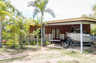 Picture of 1 Bay Vista Court, Horseshoe Bay QLD 4819