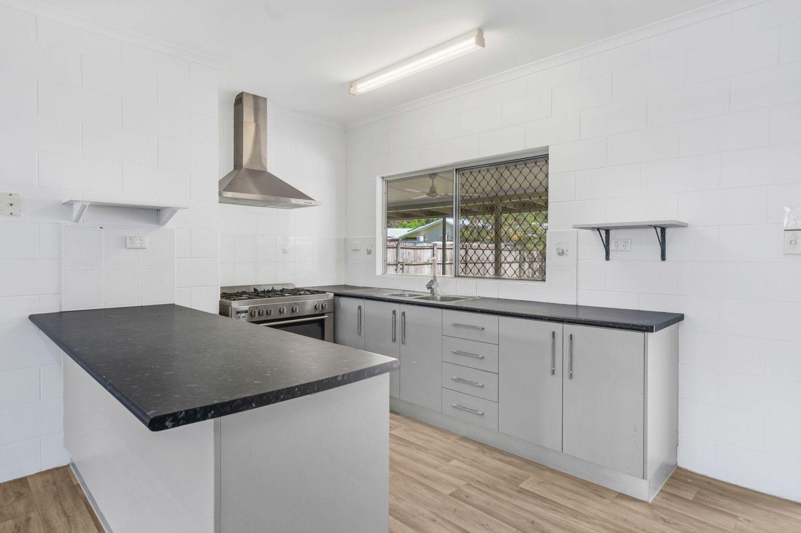 51 De Jarlais Street, Earlville QLD 4870, Image 2