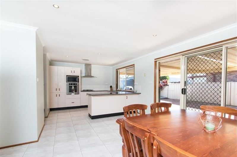37 Shearwater Boulevard, Albion Park Rail NSW 2527, Image 1