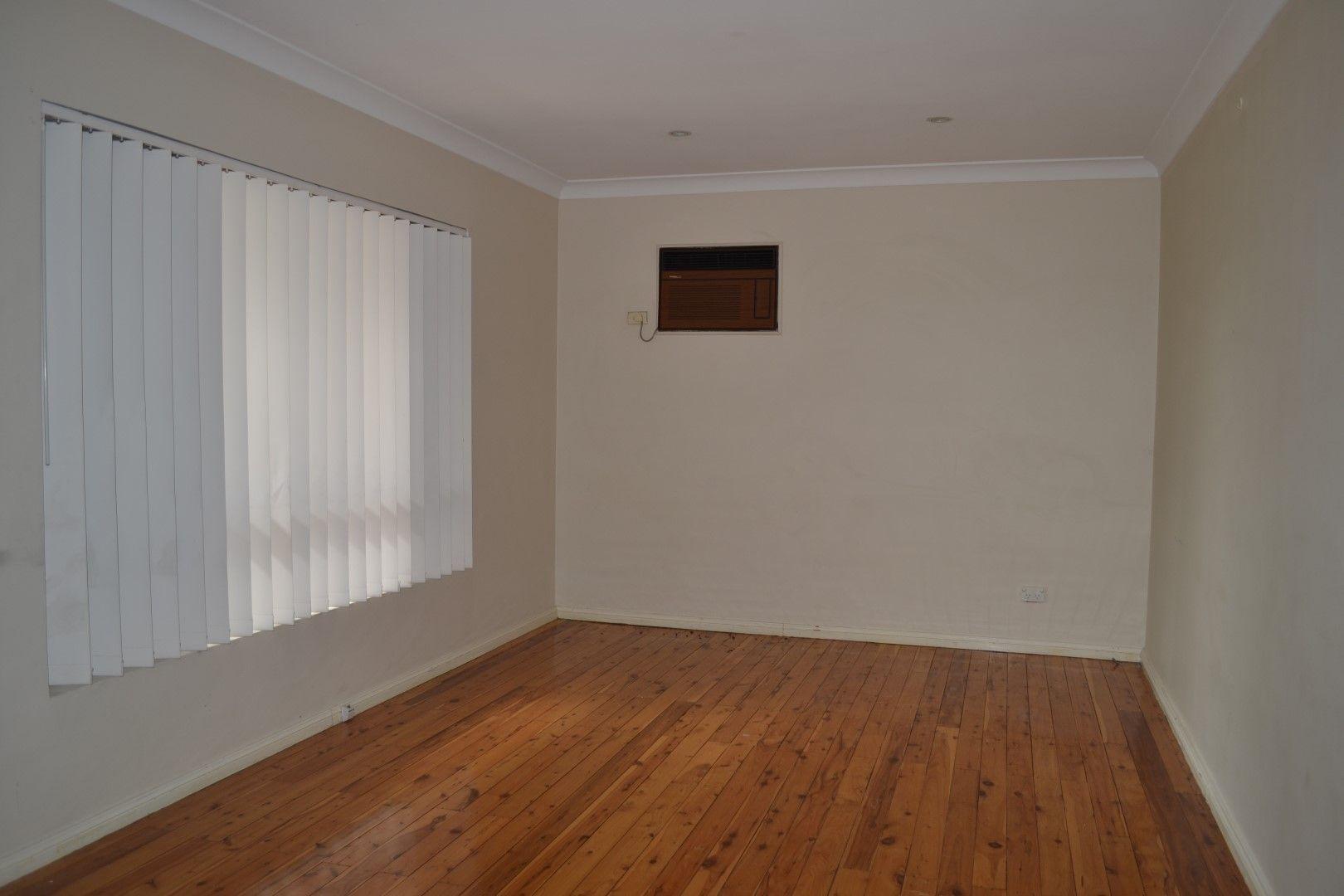 8 Carpenter Street, Colyton NSW 2760, Image 1