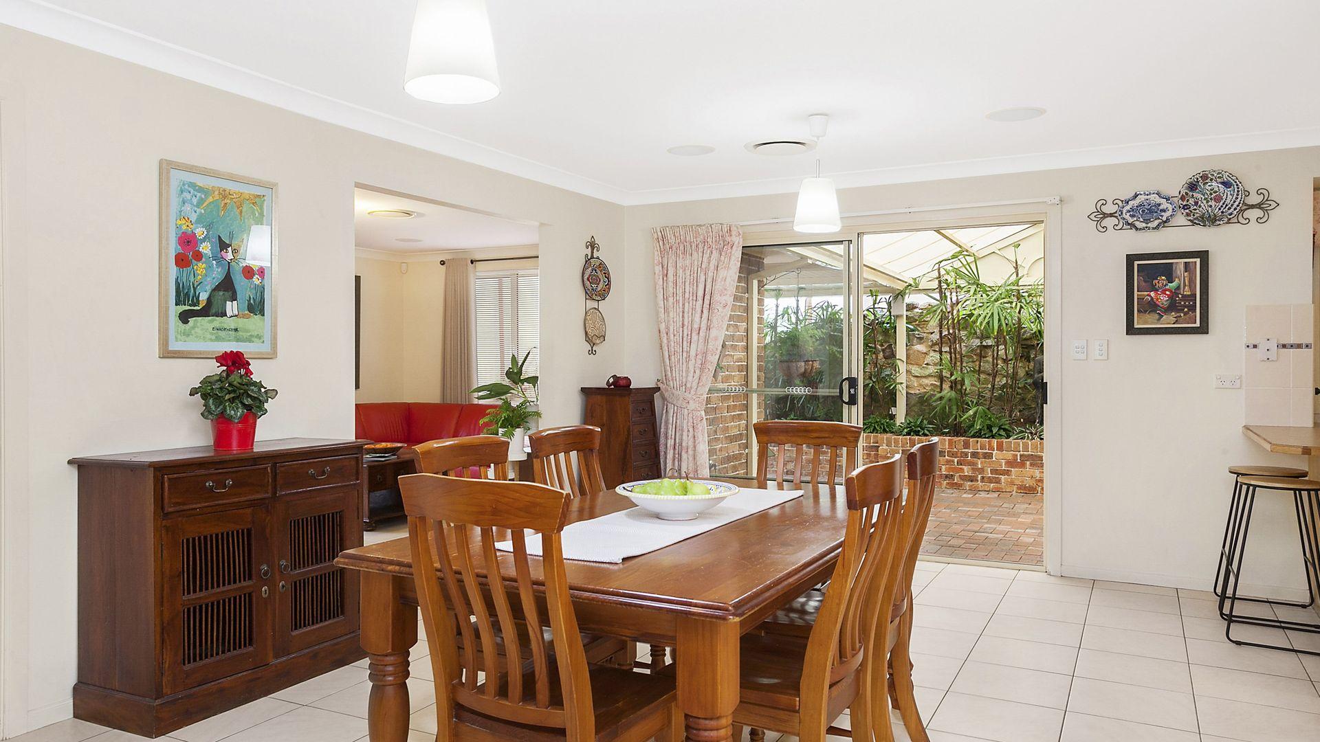9 Wren Court, Woronora Heights NSW 2233, Image 2