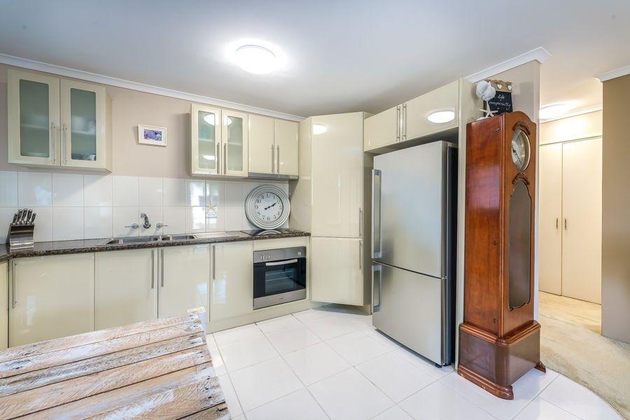 3/10 Madang Crescent, Runaway Bay QLD 4216, Image 2