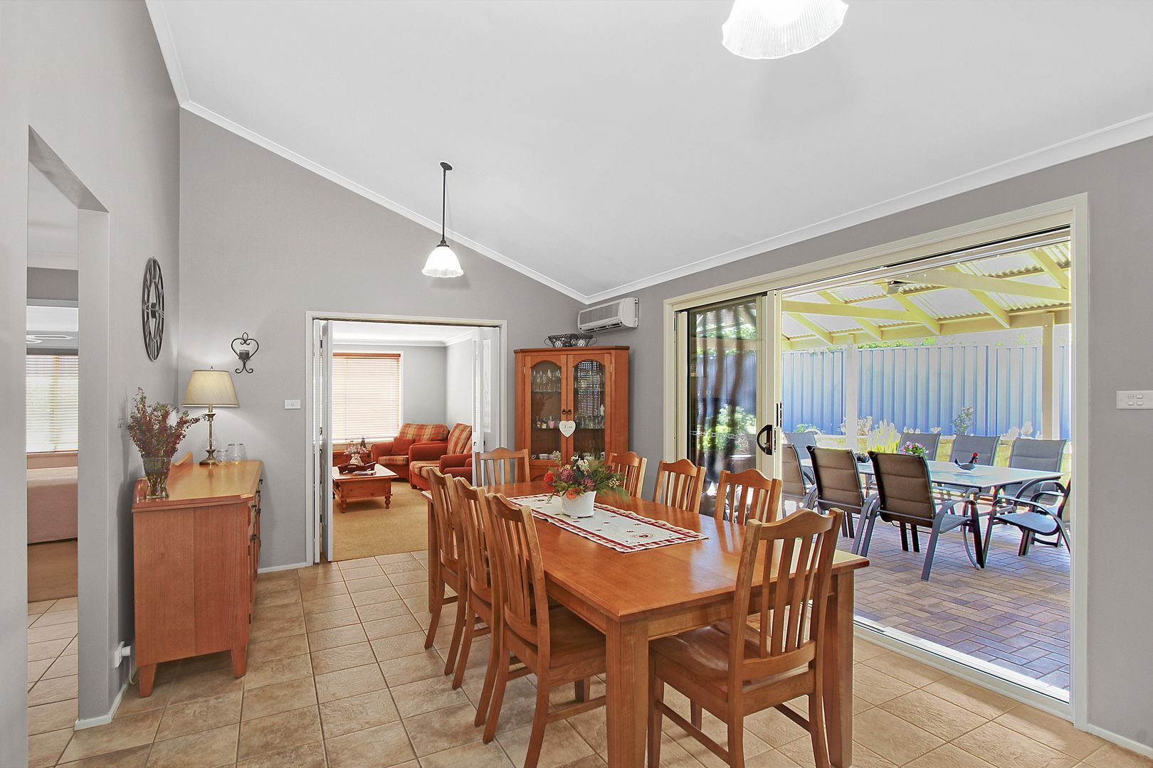 11 Kingston Place, Abbotsbury NSW 2176, Image 2