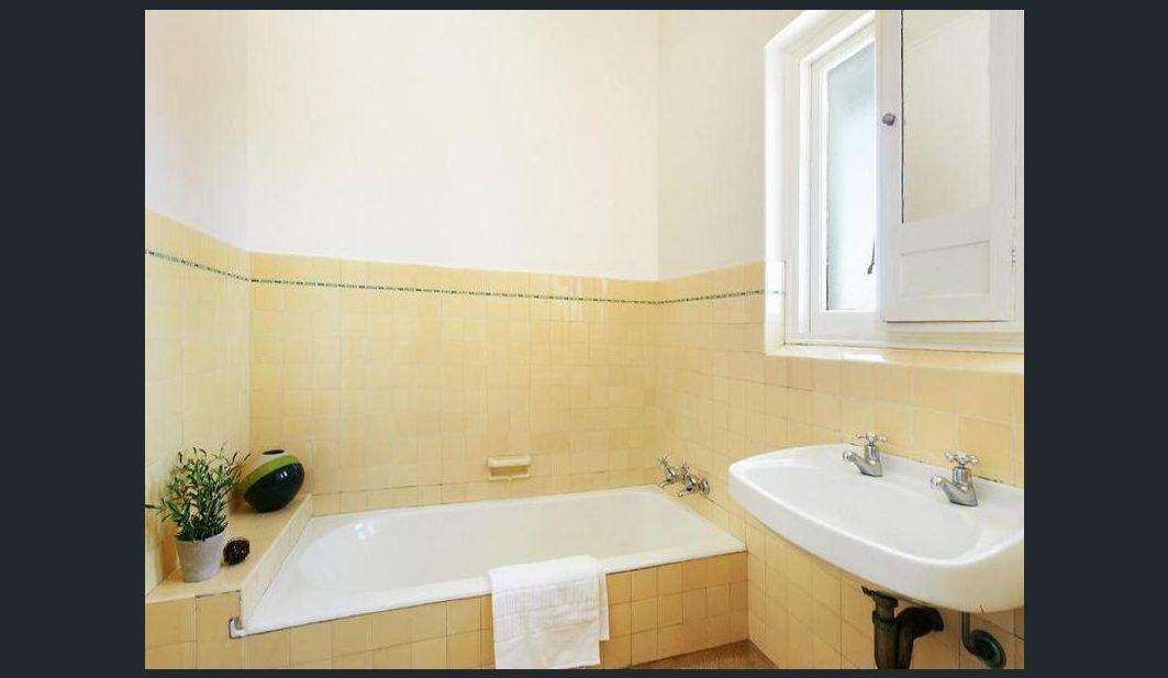 9/263 St Kilda Street, Brighton VIC 3186, Image 1