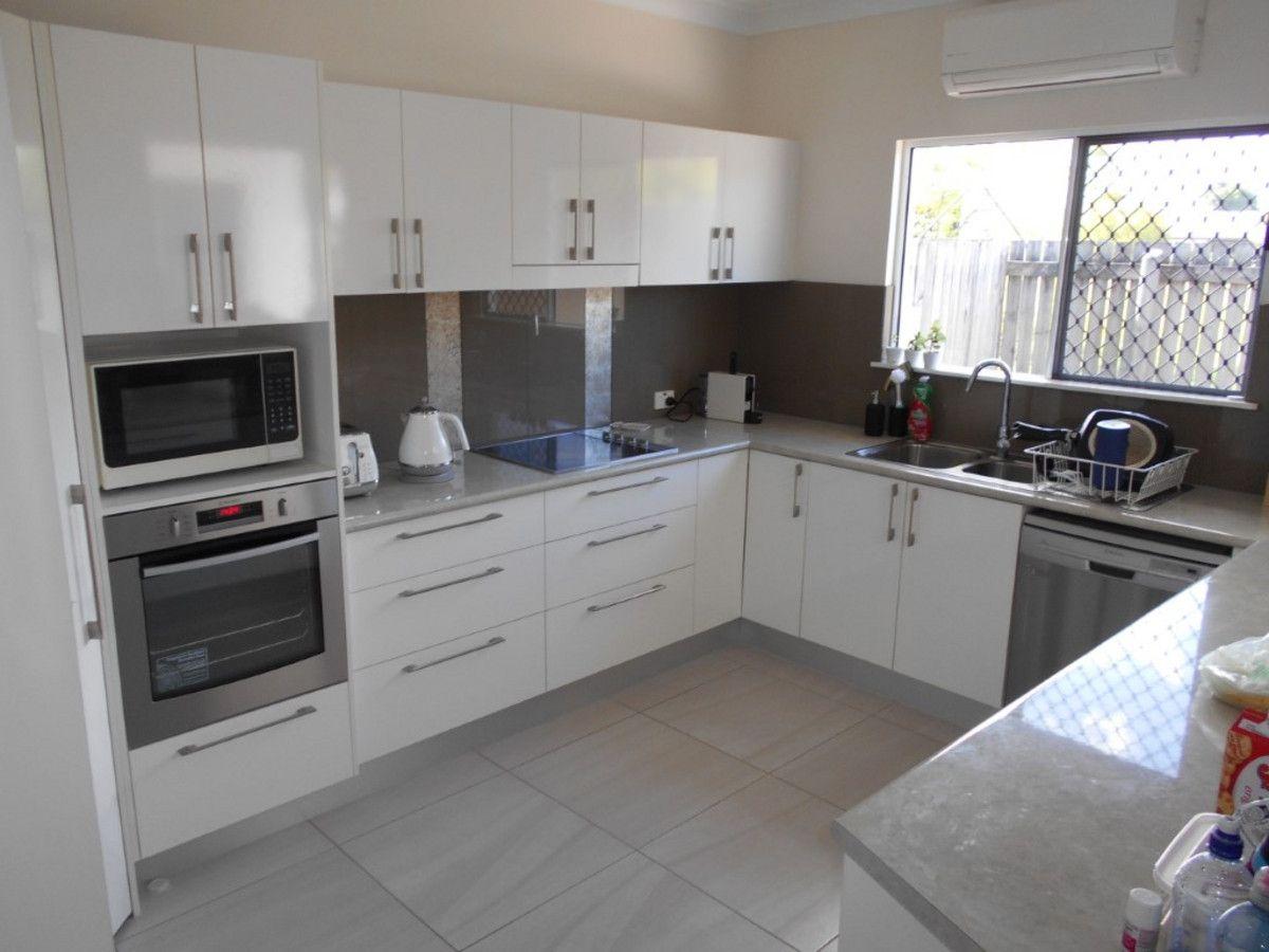 2/2 Renouf Street, Ingham QLD 4850, Image 2