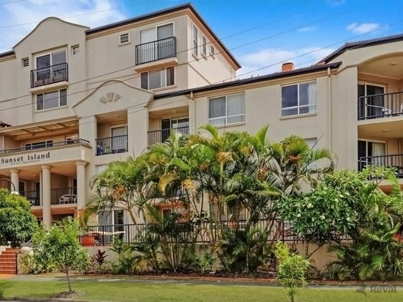 8/3 Sunset Boulevard, Surfers Paradise QLD 4217, Image 1