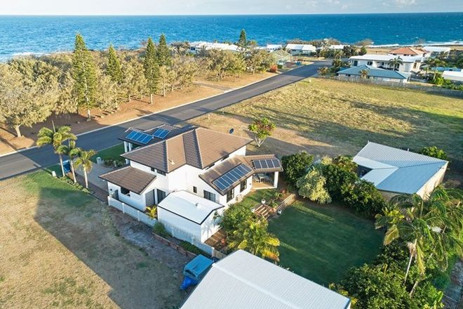 Picture of 121 Barolin Esplanade, CORAL COVE QLD 4670