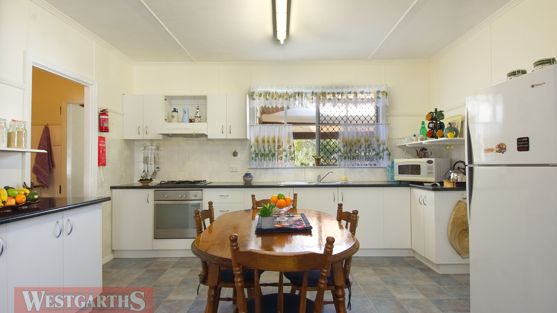 61 Toowoomba Road, Oakey QLD 4401, Image 2