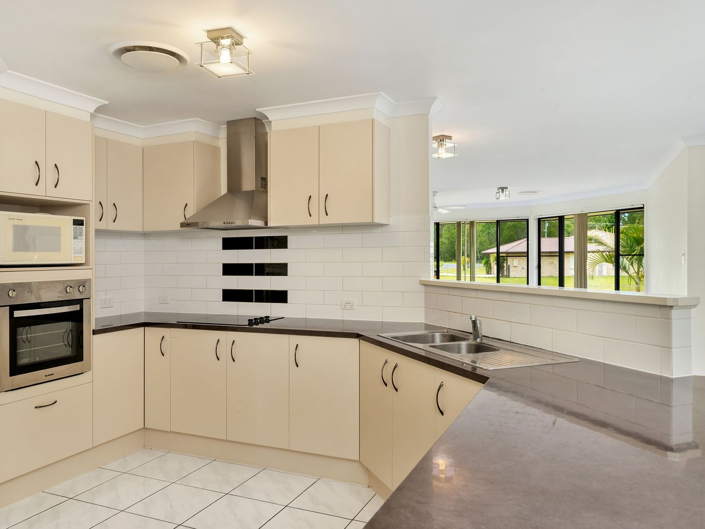 7-9 Testa Court, Caboolture QLD 4510, Image 1