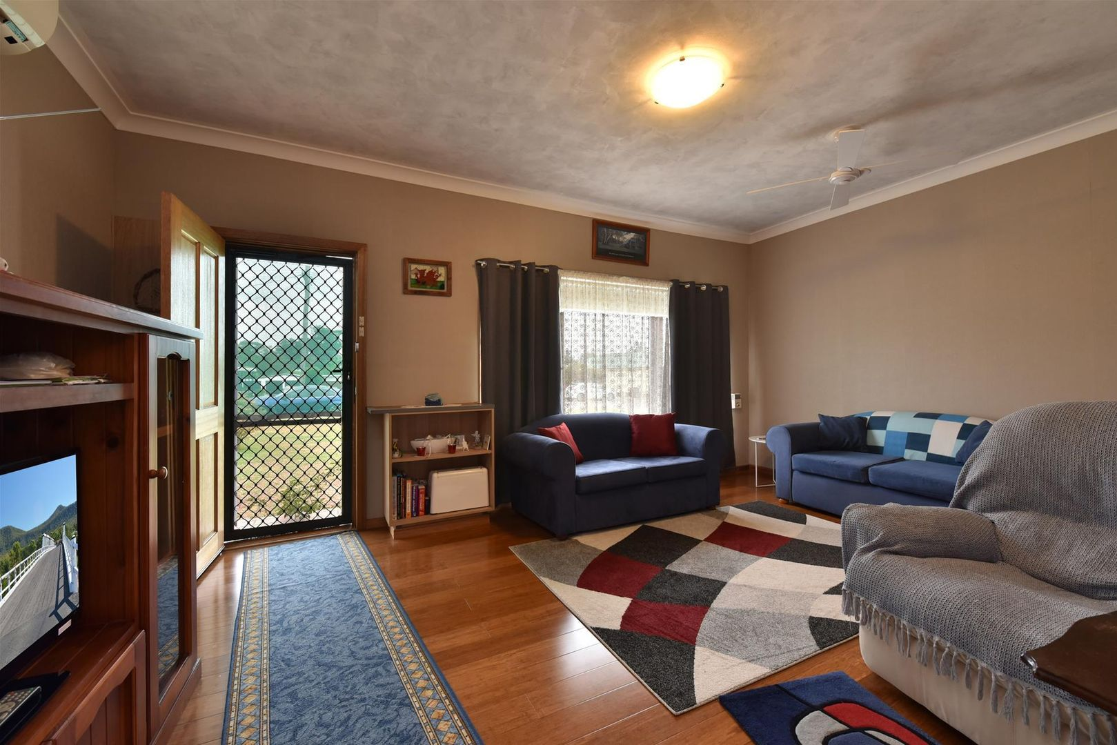 162 Deakin Street, Kurri Kurri NSW 2327, Image 2
