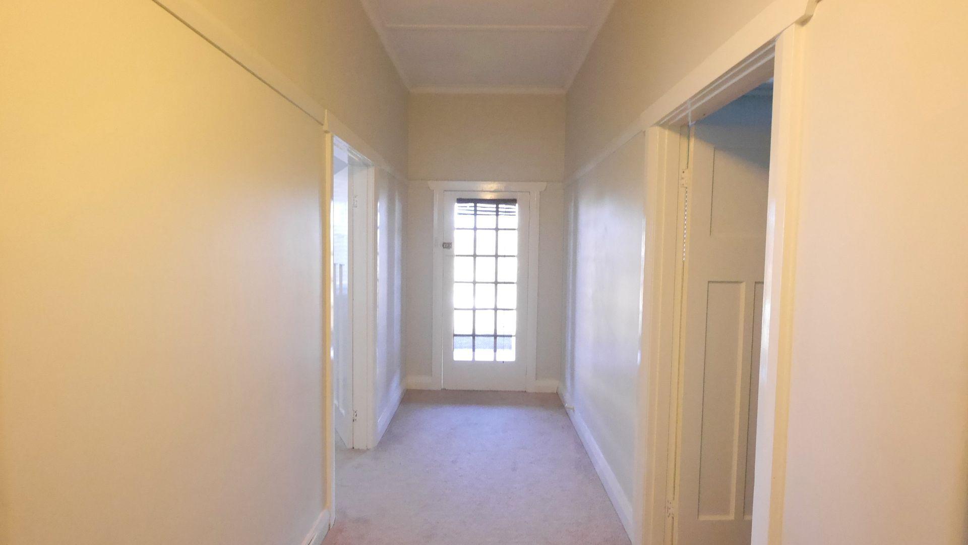 6 Daly Street, Cowra NSW 2794, Image 1