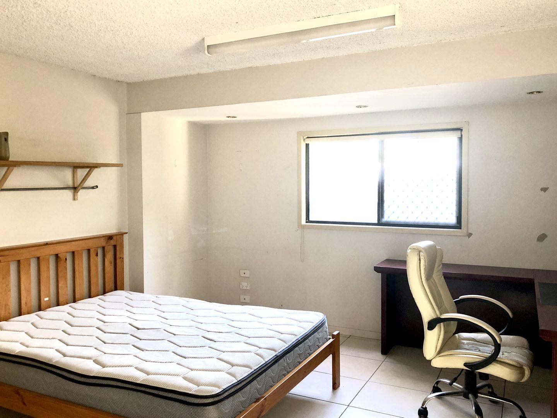 Room 2/1/333 Milton Road, Auchenflower QLD 4066, Image 1