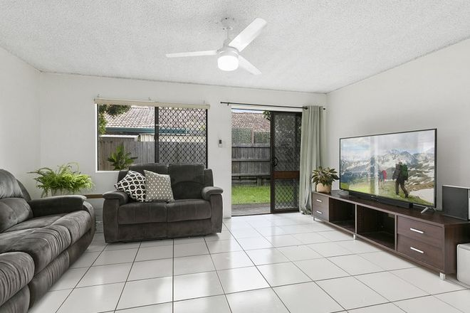 Picture of 1/32 Broadwater Avenue, MAROOCHYDORE QLD 4558