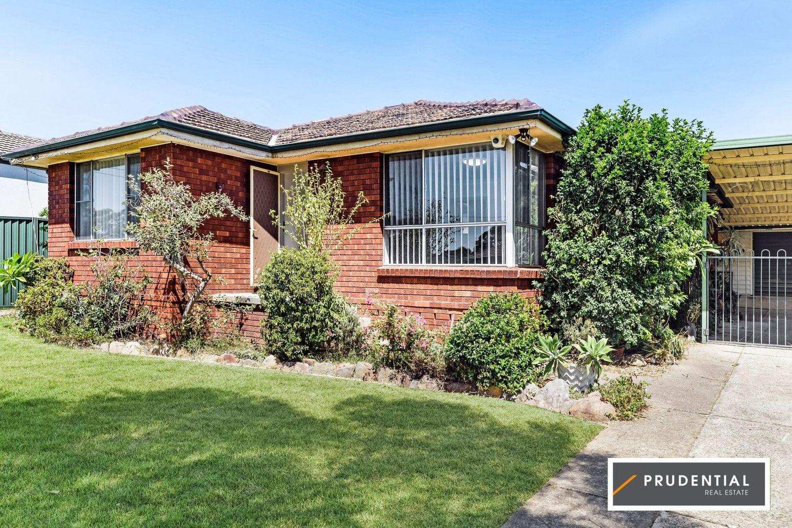 27 Darling Avenue, Lurnea NSW 2170, Image 0
