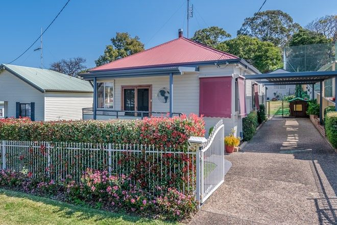 Picture of 17 Fairfax Road, WARNERS BAY NSW 2282