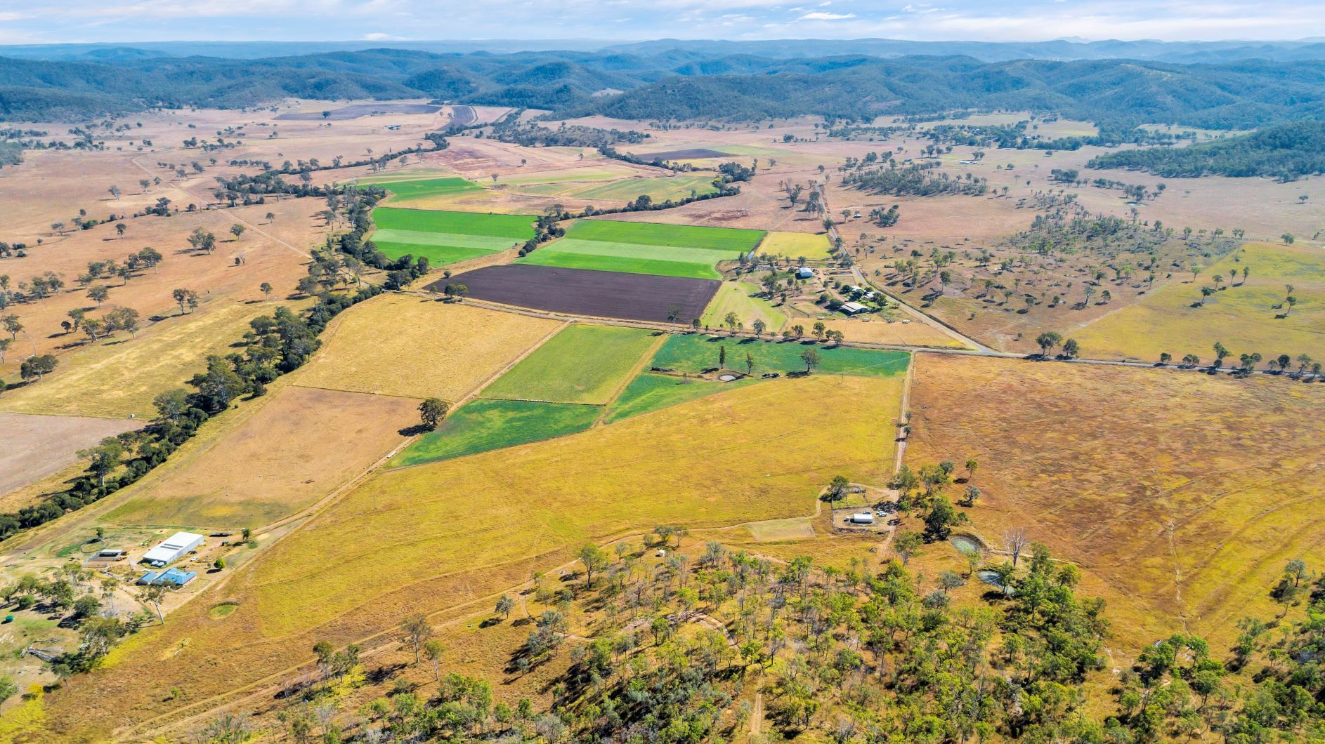 Oakfield Road, Tansey QLD 4601, Image 1