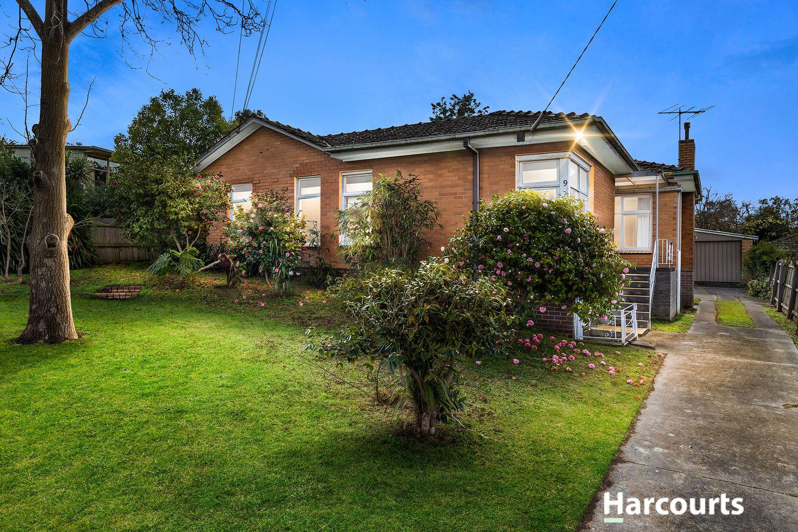 9 Garrisson  Drive, Glen Waverley VIC 3150, Image 1