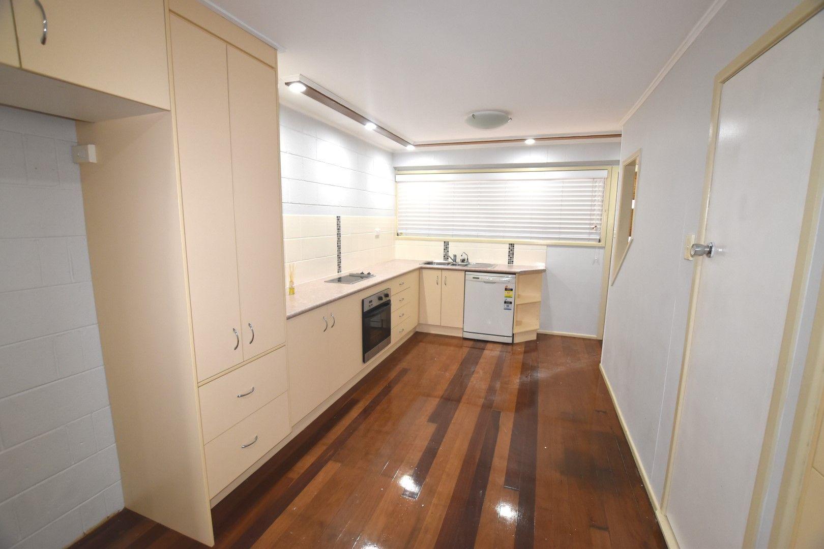 8/9 Scenery Street, West Gladstone QLD 4680, Image 2