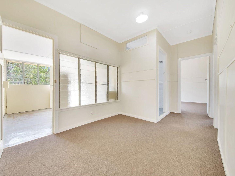 3/204 Elphinstone Street, Berserker QLD 4701, Image 2