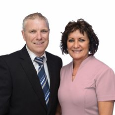 Craig and Wendy Roberts, Sales Associate