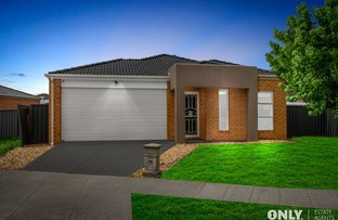 Picture of 4 Gardens Vista Place, Lynbrook VIC 3975