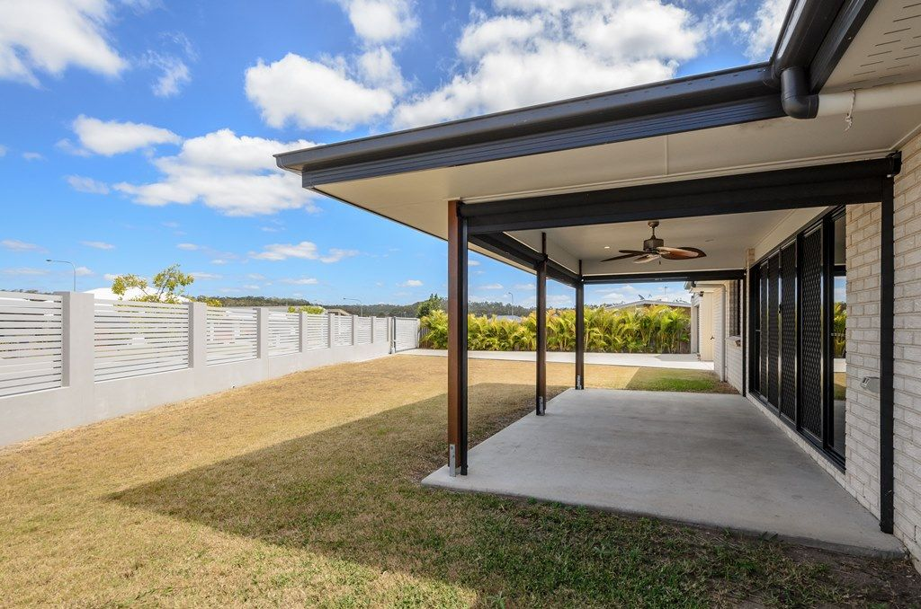 17 BELLBIRD CIRCUIT, New Auckland QLD 4680, Image 2