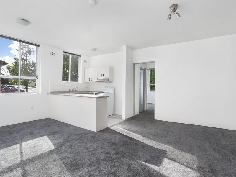 2/229 King Georges Road, Roselands NSW 2196, Image 0