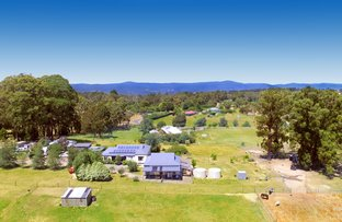 Picture of 28 Sycamore Grove, Kinglake VIC 3763