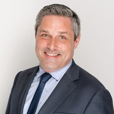 Alistair Loudon, Sales representative