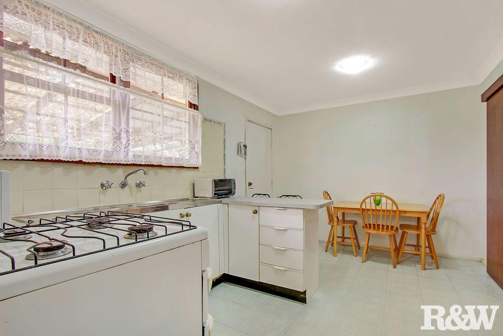 237 Woodstock Avenue, Dharruk NSW 2770, Image 2