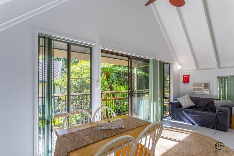 8/10-12 Tropic Lodge Place, Korora NSW 2450, Image 0