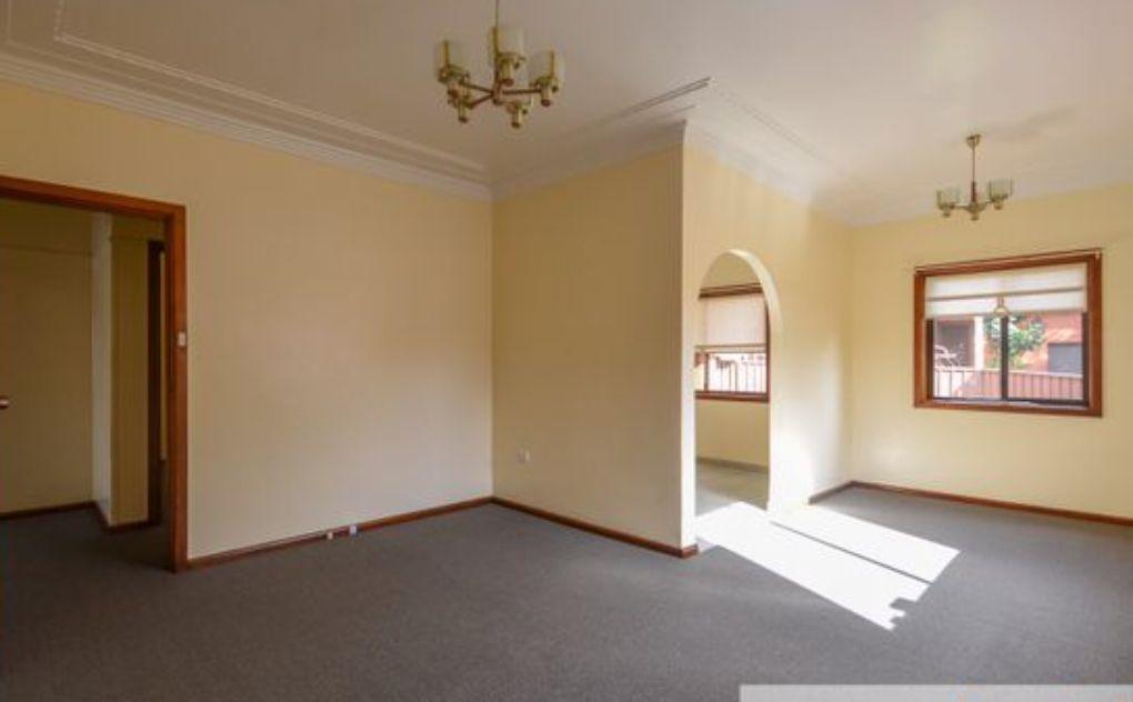 31A Chamberlain Avenue, Caringbah NSW 2229, Image 2