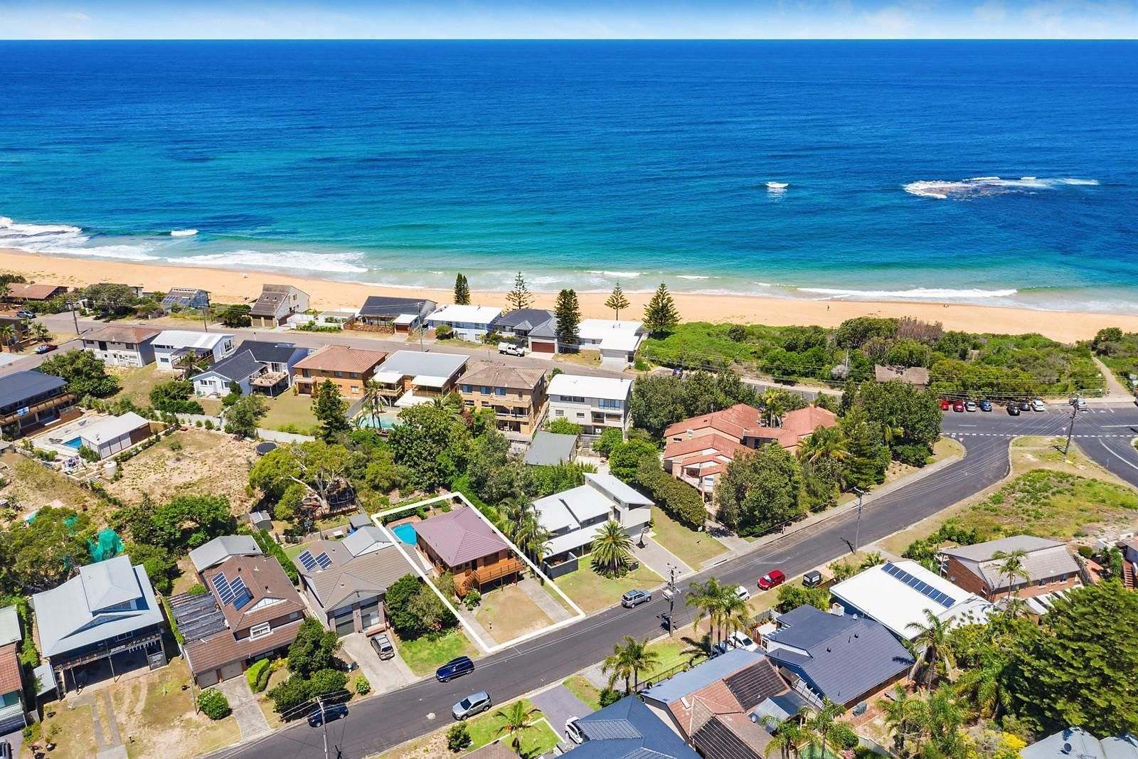 16 Bluewave Crescent, Forresters Beach NSW 2260, Image 2