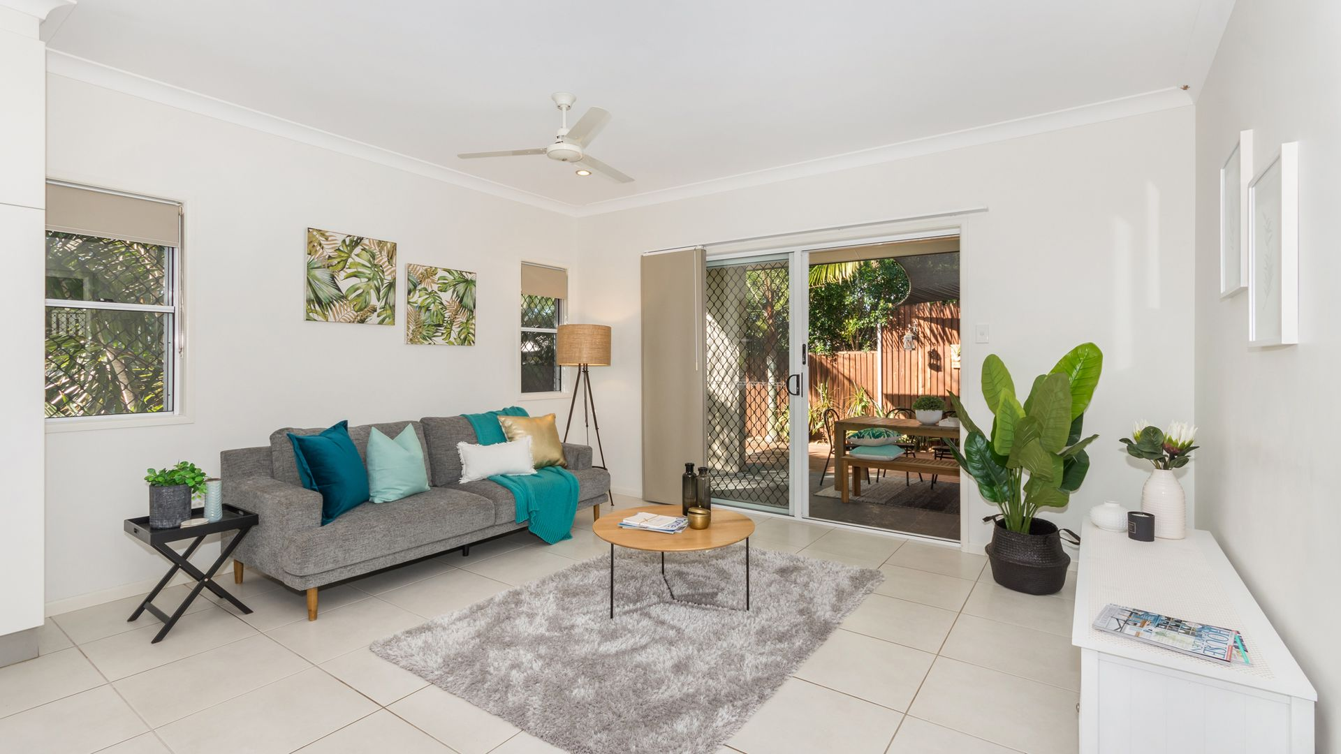 10 Channel Street, Bushland Beach QLD 4818, Image 2