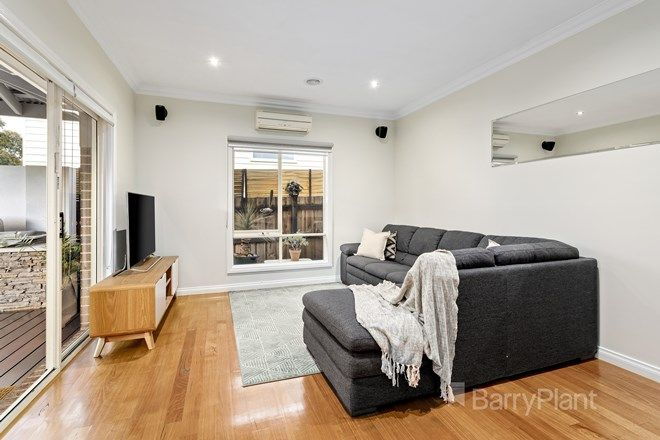 Picture of 2/15 Richards Avenue, WATSONIA VIC 3087