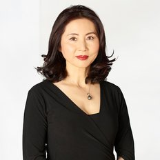 Tracy Tian Belcher, Sales Consultant