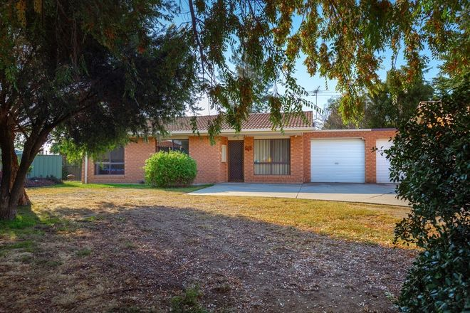 Picture of 1/22 Campbell  Avenue, WODONGA VIC 3690