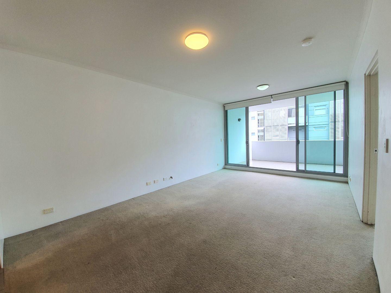 126/23 Gadigal Ave, Zetland NSW 2017, Image 2