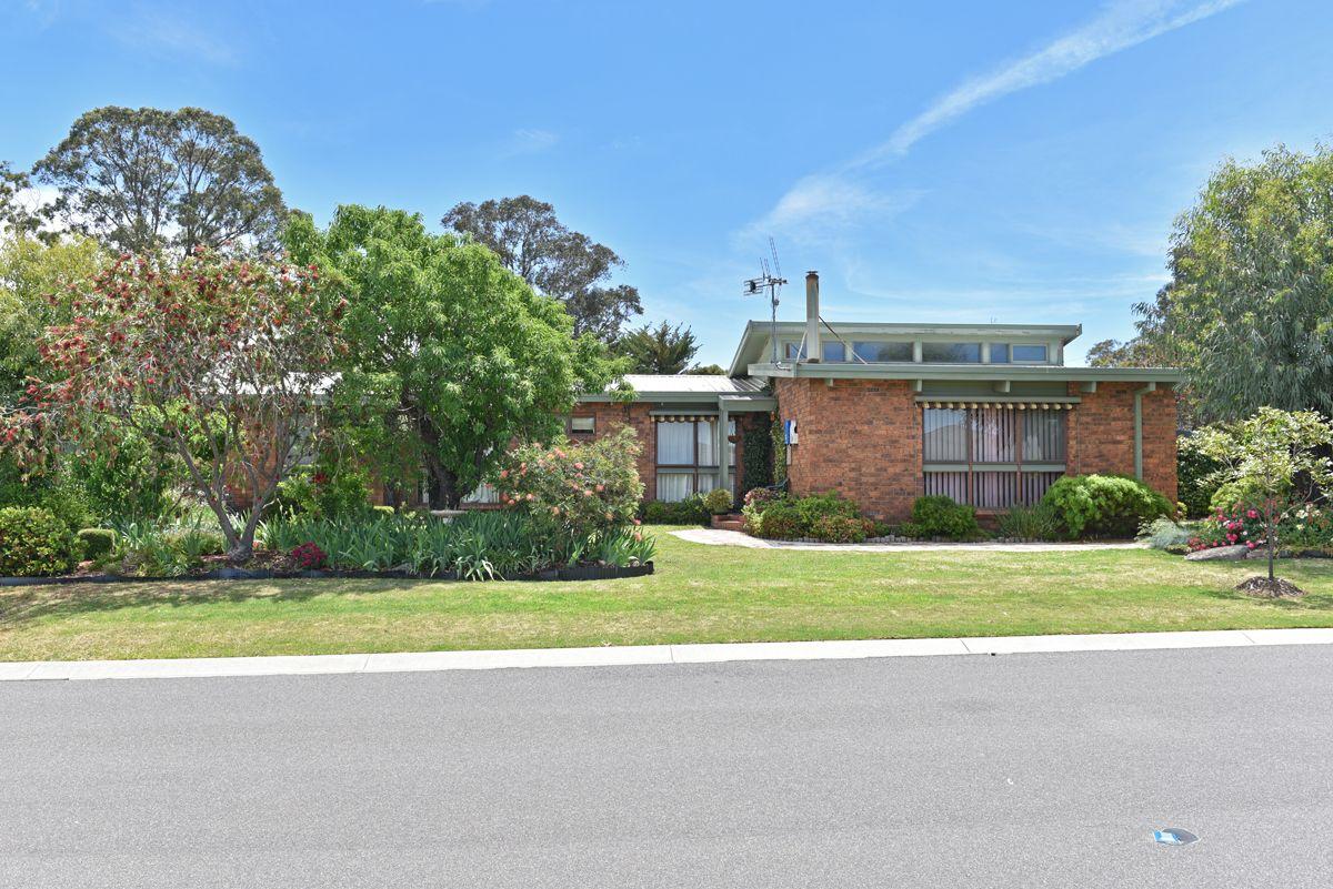 6 Dudley Street, Kangaroo Flat VIC 3555, Image 0