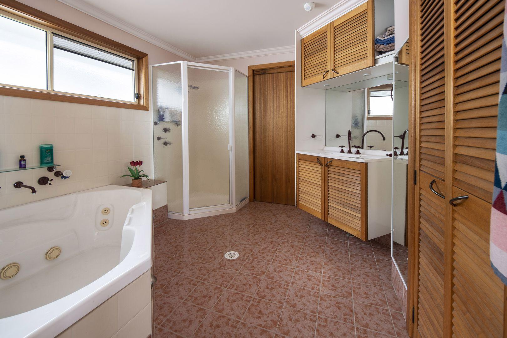 13 Woolooware Road, Woolooware NSW 2230, Image 2