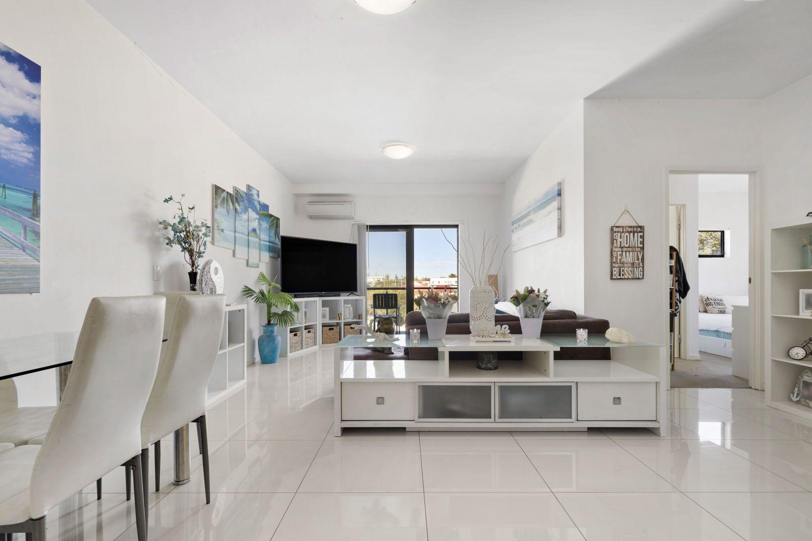 11/1 Cowen Street, Margate QLD 4019, Image 2