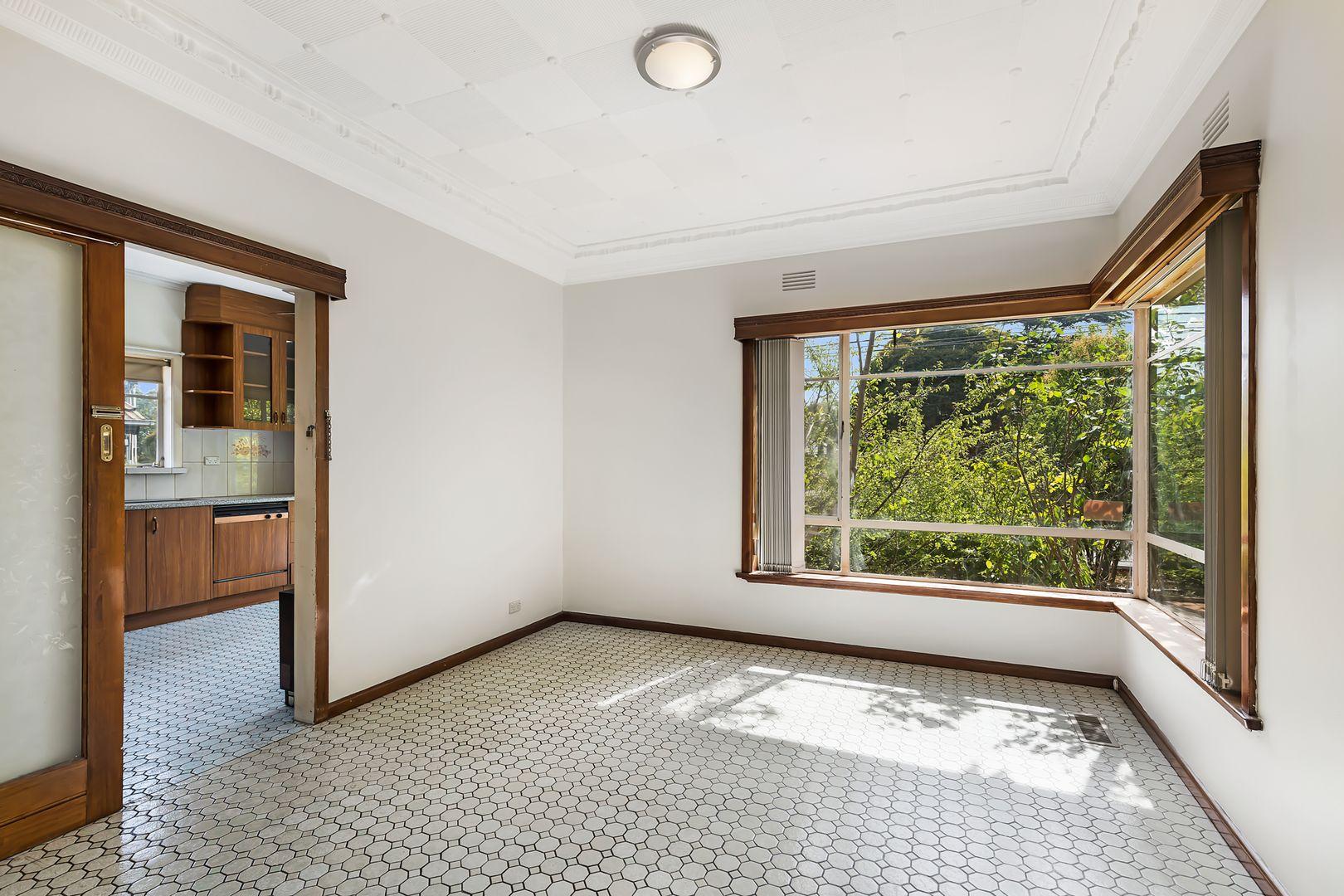 1/4 Koonawarra Street, Clayton VIC 3168, Image 2