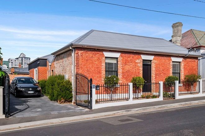 Picture of 24 Kelly Street, BATTERY POINT TAS 7004