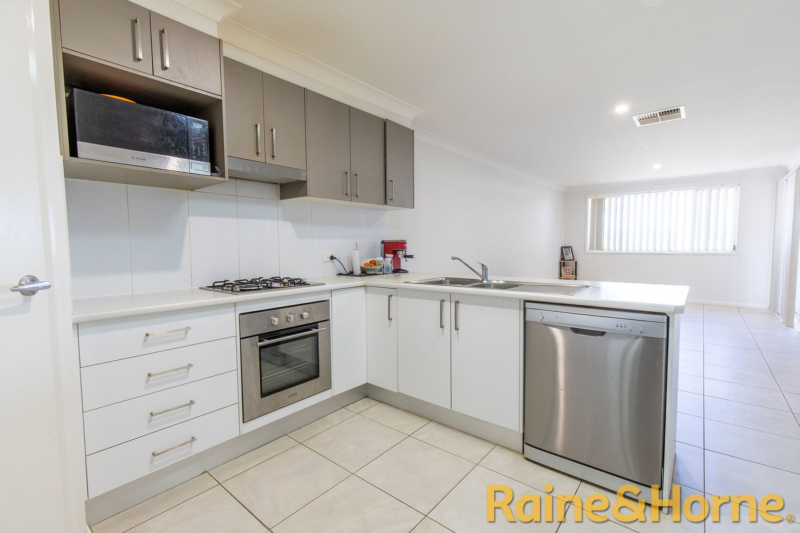 11A Apsley Crescent, Dubbo NSW 2830, Image 0