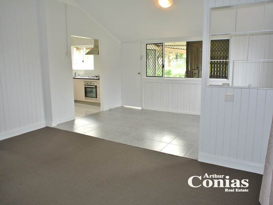 27 Queensland Road, Darra QLD 4076, Image 0
