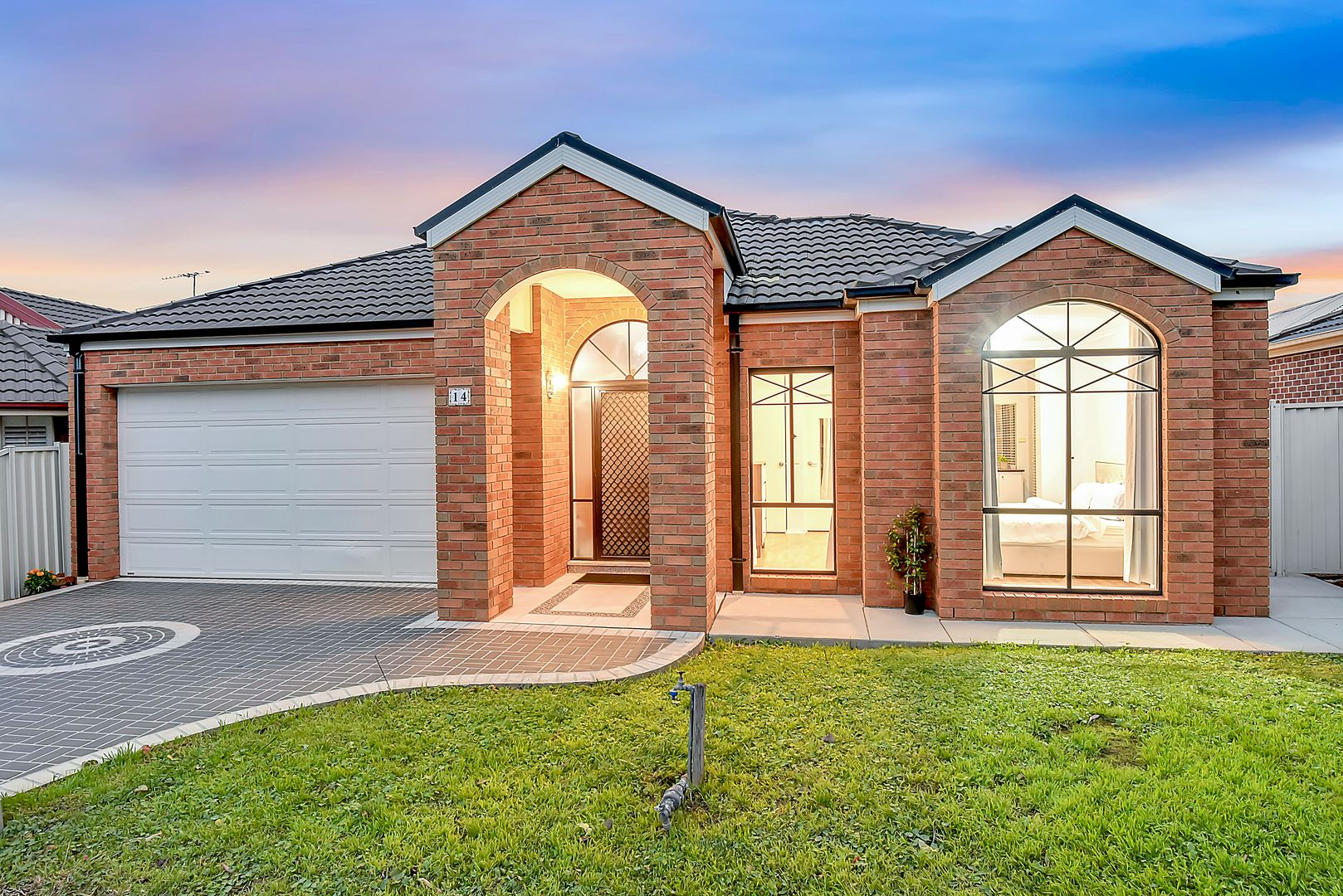 14 Aldercress  Close, Craigieburn VIC 3064, Image 2