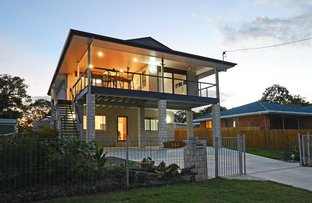 Picture of 351 Torquay Terrace, Torquay QLD 4655
